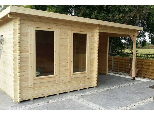 Lakra Log Cabins 44mm Log Cabin With Canopy